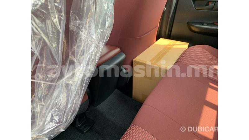 Big with watermark toyota hilux arhangaj import dubai 1660