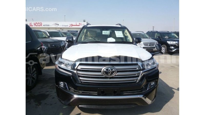 Big with watermark toyota land cruiser arhangaj import dubai 2500