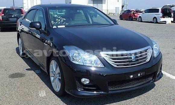 Buy Used Toyota Crown Black Car in Ulaanbaatar in Ulaanbaatar