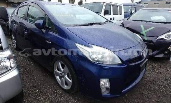 Buy Used Toyota Prius Blue Car in Ulaanbaatar in Ulaanbaatar