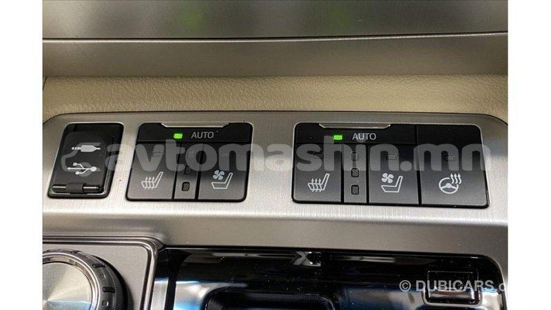 Big with watermark toyota land cruiser arhangaj import dubai 3243