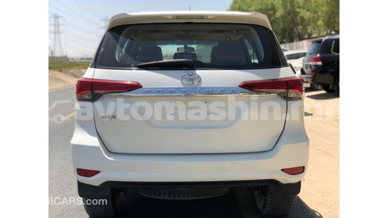 Big with watermark toyota fortuner arhangaj import dubai 3947